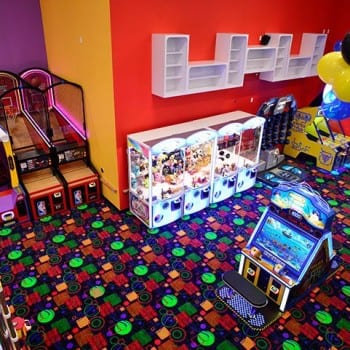 Arcade games at Top Jump